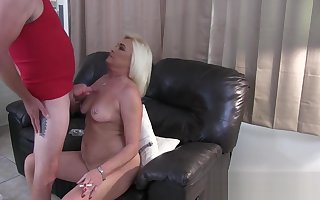 Smoking Hot Pussy together with Cum exceeding Will not hear of Bowels