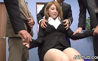 Mariru Amamiya gangbanged away from coworkers