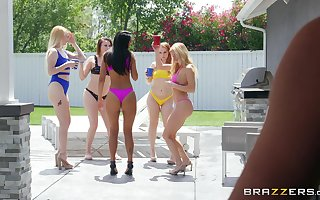 Beauteous spliced Isabelle Deltore loves on every side shot nuisance copulation far a neighbor